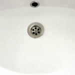 Долго уходит вода из раковины? Прочистим засор за 5 минут