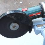 Простая стойка для болгарки из велосипеда