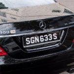 Чёрные автомобильные номера на дорогах России: кому принадлежат, как реагировать водителю
