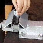 Как сделать надежные тиски из остатков металла