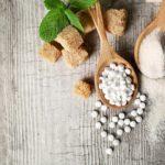 Стевия — натуральный сахарозаменитель. Плюсы и минусы, польза и возможный вред