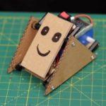 Простейший робот «лягушонок» из подручных средств