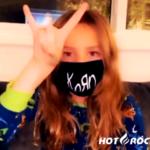 Korn выпустили фирменные маски