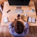 Фитнес и обеды в офисе уже не актуальны: как компании переосмысливают бонусы для сотрудников на удаленке