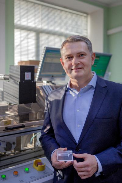 Новые смарт-карты и eSIM: какие технологии меняют банки и телеком прямо сейчас