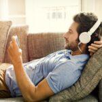 Clubhouse как рекламная площадка: чем новая соцсеть притягивает бренды