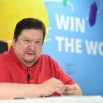 «Чтобы понять, что такое бизнес, заплатите сотрудникам со своей кредитки», — интервью с Дмитрием Комиссаровым